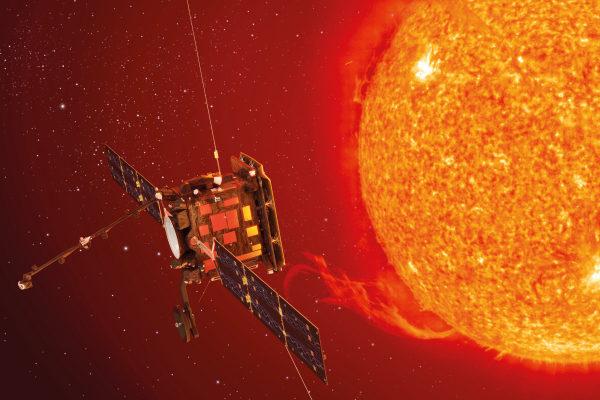 Künstlerische Darstellung von Solar Orbiter. Die Sonde wird 2020 ebenfalls in Richtung Sonne starten. Bild: ESA/C. Carreau